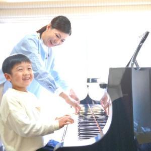 【歌って弾いて気持ちいい】ピアノ個人レッスンコースの小学4年生♪
