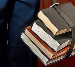 大学生が教科書を安く買う方法を解説します!【無駄なお金は払うな!】