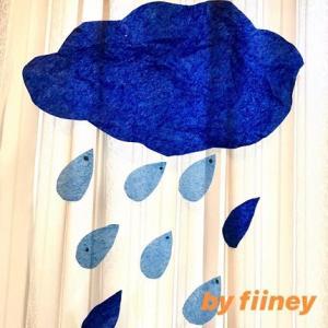 雨の日も英語で楽しく!雨の歌と絵本と飾りとワーク ( 歌詞、和訳つき)