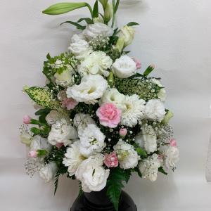 ご法事・お供えのお花です。