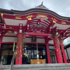 成子天神社と弁天様の水が流れ始めていた豊川稲荷東京別院
