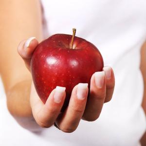 在宅勤務中こそ減量、最も効果的なダイエット法とは?