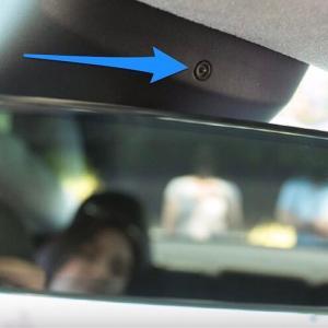 テスラ、米国で車内カメラによるドライバーモニタリングシステムを稼働開始!