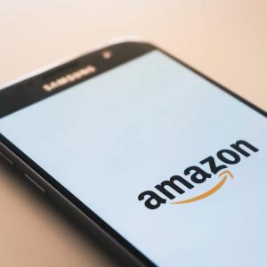 Amazonでおすすめ テスラモデル3用アクセサリー!