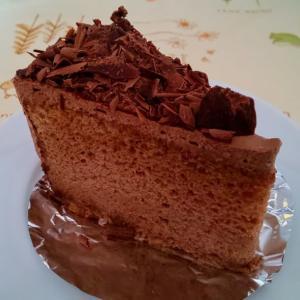 ザ・沖縄的ケーキ屋は『でかい』がキーワード(笑)・・・キングスベーカリー(豊見城)