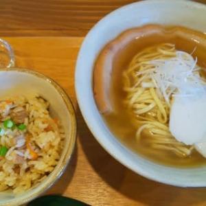 お洒落な沖縄そばカフェでした!・・・まいにち食堂(喜名)