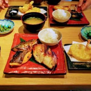 焼き魚定食屋という冠に偽りなし!素晴らしい焼き魚ランチに大満足!!・・・焼き魚定食屋オサカナノヒ(久茂地)