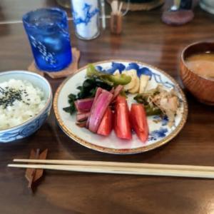 「野菜もりもり定食」は本当に野菜もりもりで素晴らしいランチだった!!・・・喫茶+バー48PAN(前島)