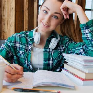 【必読】テスト1週間前でも間に合う!?    忘れない・記憶の定着を促す方法で効率のいい勉強をしよう!