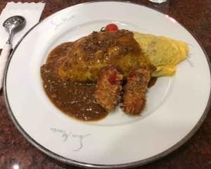 今日の晩ご飯(412):オムライス カレーソース