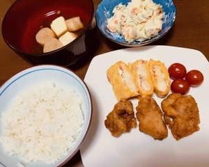 今日の晩ご飯(480):唐揚げ、ポテトサラダ、卵焼きなど