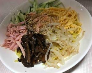 今日のお昼2356:冷麺