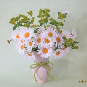 花瓶 マーガレット トウダイグサ Vase,  Margaret and Euphorbia