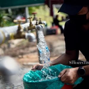 全地域で水供給再開。