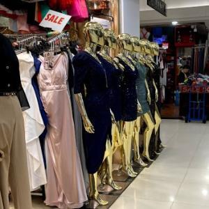 タイ買い物おすすめ プラチナムショッピングモールと向かいのマーケット