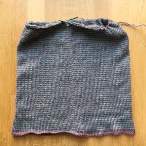 メリヤス編みは無心になれる ~Learn-to-Love-Steeks Blanket