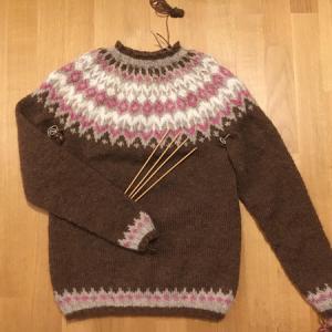 編み上がりました ~Riddari