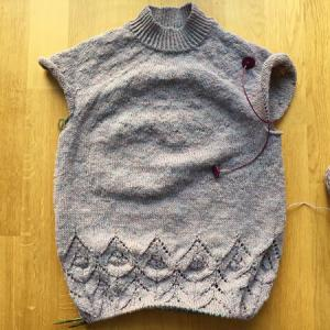 裾の模様編みセクションが終了 ~Magnolia