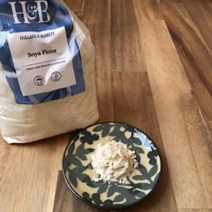 きな粉というより、大豆粉 〜Holland & BarrettのSoya flour