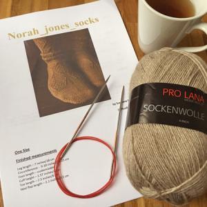 くつ下を編み始めます ~Norah jones socks