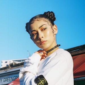 【写真アート】日本の民話『かぐや姫』にインスピレーションを受けたヌーディ作品