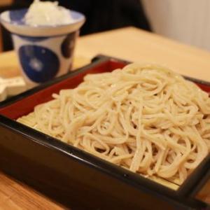【食事マナー】なぜ日本人は麺を音を立ててすするのか?
