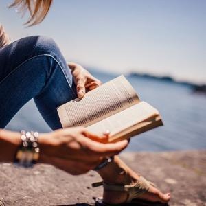 読書効率を最大化するには:ボールペン、ノート、ストック化