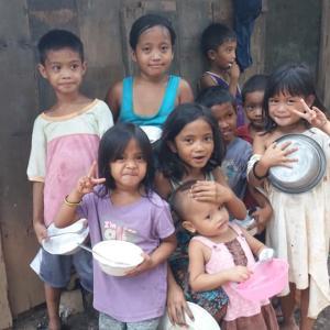 「なんとなくだけど、今やってることが、未来へと繋がっていくような、そんな気がしてきた」 ~フィリピン・セブ島のスラムにおける緊急食糧支援の現場より、、、