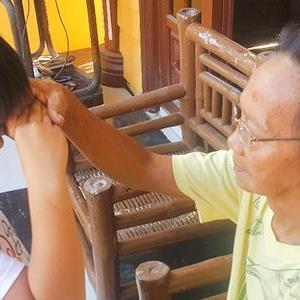 【高齢化社会とフィリピン、そして日本(その②・両国の交流を通して得られるもの)】 ~海外からの技能実習生から逆に学ぶこと~  (#マノポmanopo #フィリピン人介護技能実習生 #高齢者を敬い大切にする気持ち #家族の絆と愛が深いフィリピン人 #日本社会が忘れてしまった人としての大切なもの #winwinの関係に)
