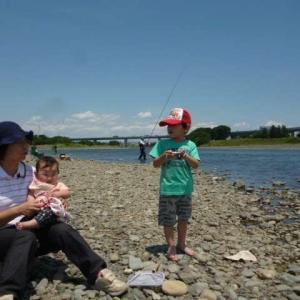 いいお天気だったので、Capちゃん達と河原へ行った。