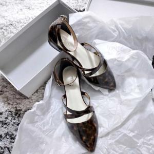 アマガサから靴が到着しました