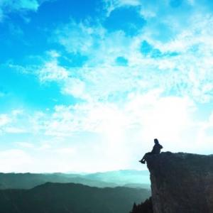 「蠍座の満月」~感情的な自分と決別し、未来の豊かさを生むパワー~