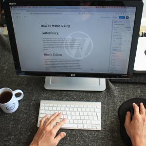 WordPressの固定ページに自動で入る改行タグを入れさせない方法【コピペでOK】