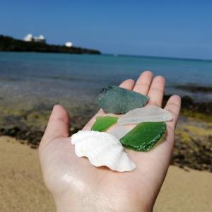 自然のビーチは魅力が沢山!恩納村、瀬良垣のビーチに行ってきた。