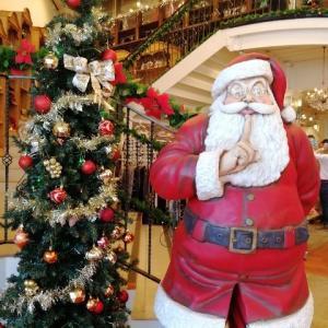 サンタクロースは不審者?世界中のサンタさんお疲れ様でした。