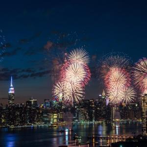 ニューヨーク 独立記念日の花火大会 今年も開催されます!