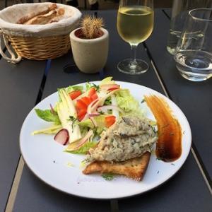 お魚がおいしいお店でヴォンゴレ