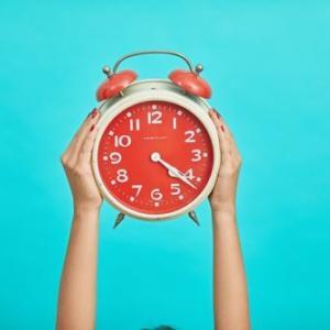 朝5時に起きる生活になるとできる6つのこと【結論:何やってもうまくいく】