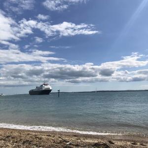 【イギリス、港町、ポーツマス】海を眺める贅沢な時間