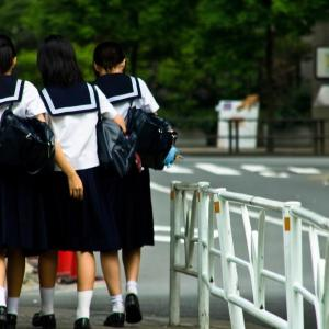 【画像あり】女子中学1年生のエッチな全裸がこちら、これは責任取れる