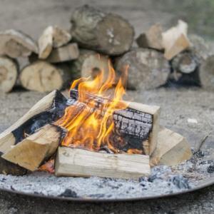焚き火の始め方 初心者が準備する持ち物は?