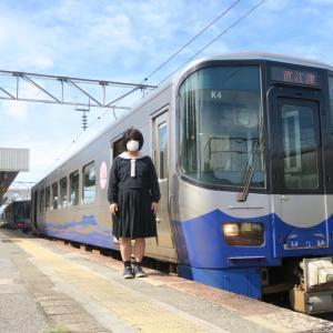 えちごトキめき鉄道(日本海ひすいライン)とともに