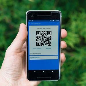 【iPhone】スクショ保存したQRコード画像を読み取る方法|画像付きで紹介
