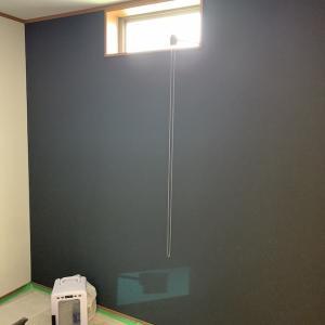 上棟11週目!壁紙も半分以上終わっていました。