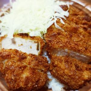 ローソンで串カツ田中ソースカツ丼(三元豚ロース)買ったのは良いけれど・・・