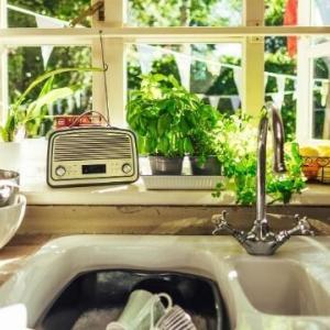 台所の排水溝のパイプのつまり。自分で直したいときに絶対使える感動ツール4点!