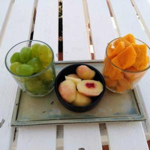 お昼は果物