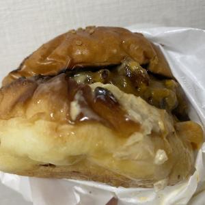 王道かつ至高。 シンプルに肉の旨味で勝負!!【西麻布「Burger Revolution Tokyo 西麻布本店」松坂牛チーズバーガー(1150円)】