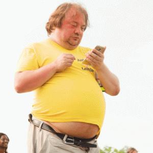 【ダイエット1ヶ月】28歳男のお腹ぽっこりを凹ませる奮闘記【なぜか太った】