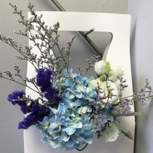 サンデーモーニング、背景の花がすばらしい!!